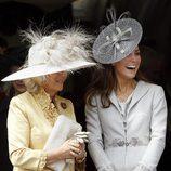 Las Duquesas Camilla de Cornualles y Catalina de Cambridge en la Jarretera