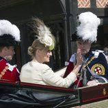 Los Condes de Wessex y el Príncipe Andrés en la Orden de la Jarretera