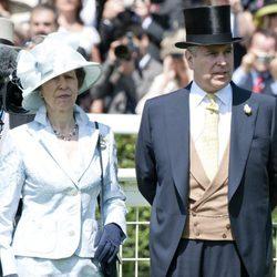 La Princesa Ana y el Duque de York en Ascot
