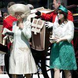 La Duquesa Camilla Parker y la Princesa Eugenia de York en Ascot