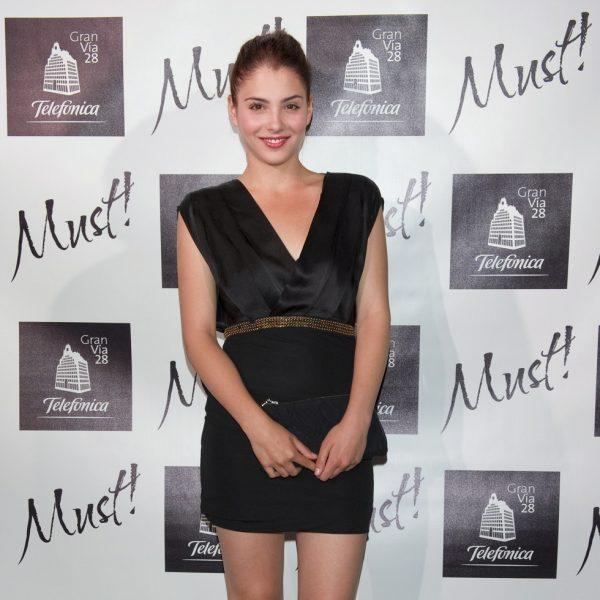 Famosos en los Must Awards 2011