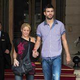 Shakira y Piqué cogidos de la mano en París