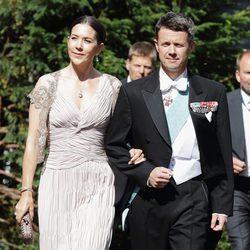 Federico de Dinamarca y Mary Donaldson en la boda de la Princesa Natalia