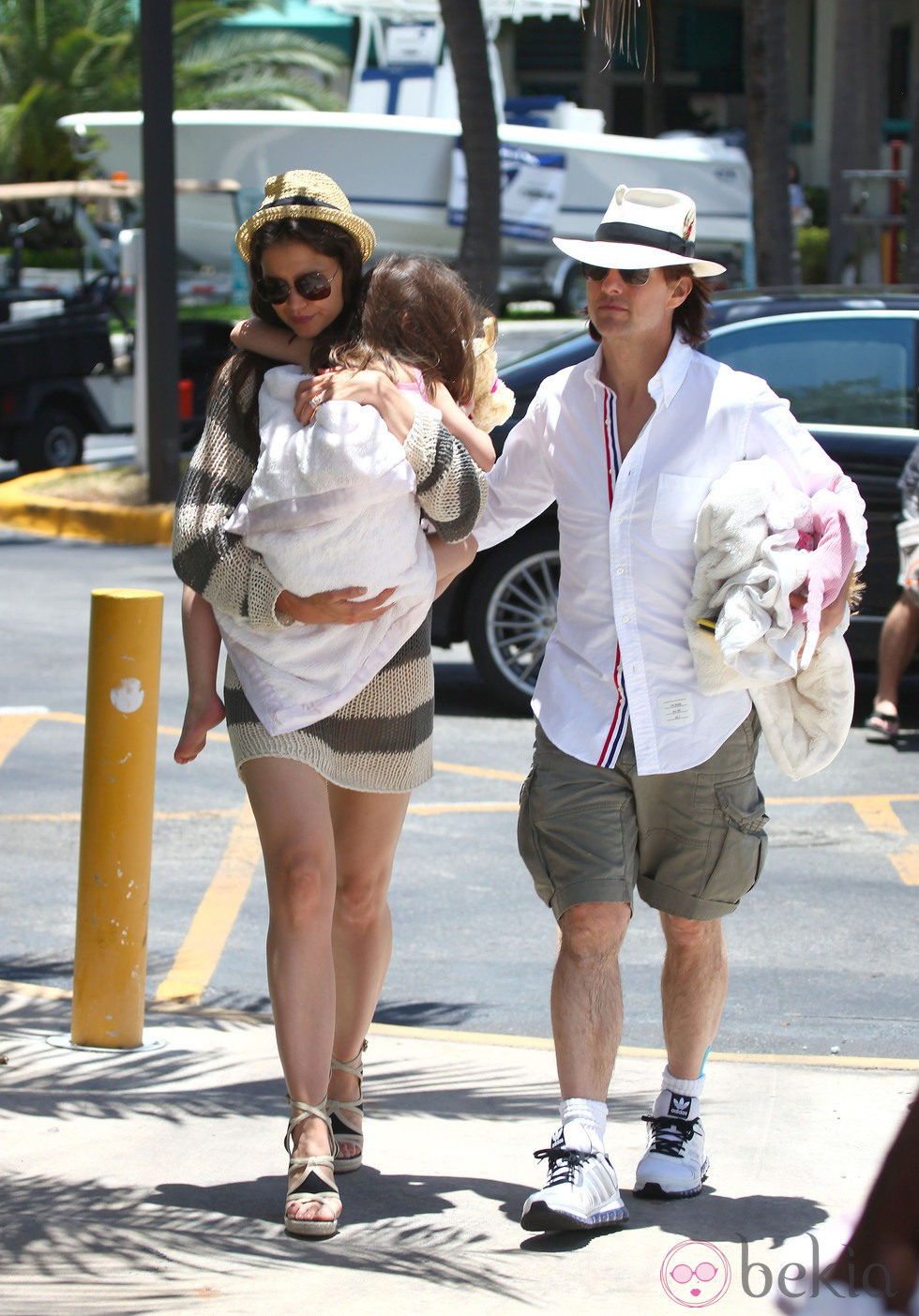 Tom Cruise, Katie Holmes y Suri Cruise, paseo en familia