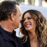 Tom Hanks y Rita Wilson muy cómplices en el estreno de 'Larry Crowne'