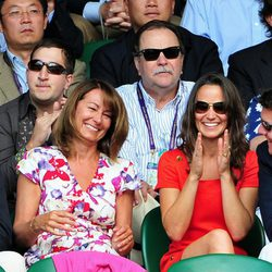 Alex Loudon, Michael, Carole y Pippa Middleton en Wimbledon