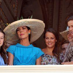 Alexandra de Hannover, Carolina y Estefanía de Mónaco y Pauline Ducruet