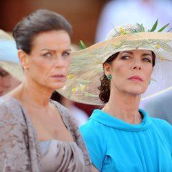 Estefanía y Carolina de Mónaco en la boda civil de Alberto II y Charlene Wittstock