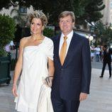 Máxima y Guillermo de Holanda, de fiesta en la boda de Alberto II y Charlene Wittstock en Mónaco