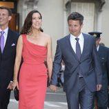 Los príncipes de Dinamarca, Federico y Mary, acuden a la fiesta de Alberto de Mónaco y Charlene Wittstock tras la boda