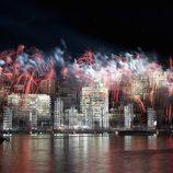 Fuegos artificiales en Mónaco para celebrar la boda de Alberto II y Charlene Wittstock