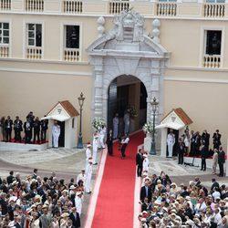 Llegada de Charlene Wittstock a la boda religiosa con Alberto de Mónaco