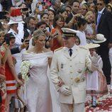 Charlene Wittstock y Alberto de Mónaco salen de Palacio como marido y mujer