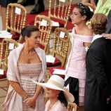 Estefanía y Carolina de Mónaco y Carlota Casiraghi en la boda de Alberto y Charlene