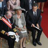 Los Reyes de Bélgica y Nicolas Sarkozy en la boda de Alberto y Charlene