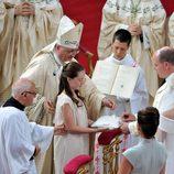 Alexandra de Hannover lee en la boda de Alberto de Mónaco