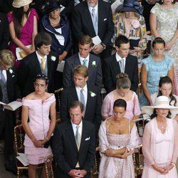 Los Grimaldi en la boda religiosa de Alberto y Charlene de Mónaco