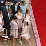 Carolina y Estefanía de Mónaco con sus hijos en la boda de Alberto y Charlene