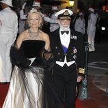 Los Príncipes Miguel de Kent en la cena de gala tras la boda real de Mónaco