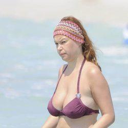 Leire Pajín se baña en las playas de Menorca
