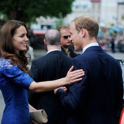 Los Duques de Cambridge muy cómplices en Québec