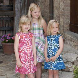 Catharina-Amalia, Alexia y Ariane de Holanda posan durante sus vacaciones en Italia