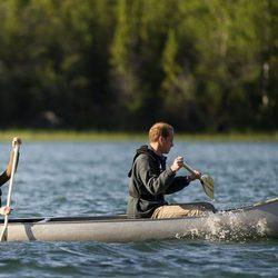 Los Duques de Cambridge remando en Blatchford Lake