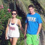 Andrea Guasch y Álex Lecquio pasean por Ibiza