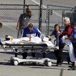 Los médicos evacuaron a Dan Wheldon del circuito
