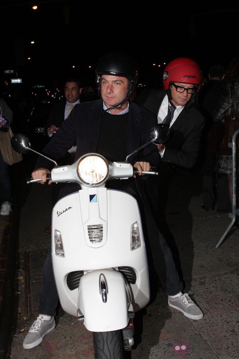 Simon Baker a su llegada a la premiere de 'Margin Call' en Nueva York