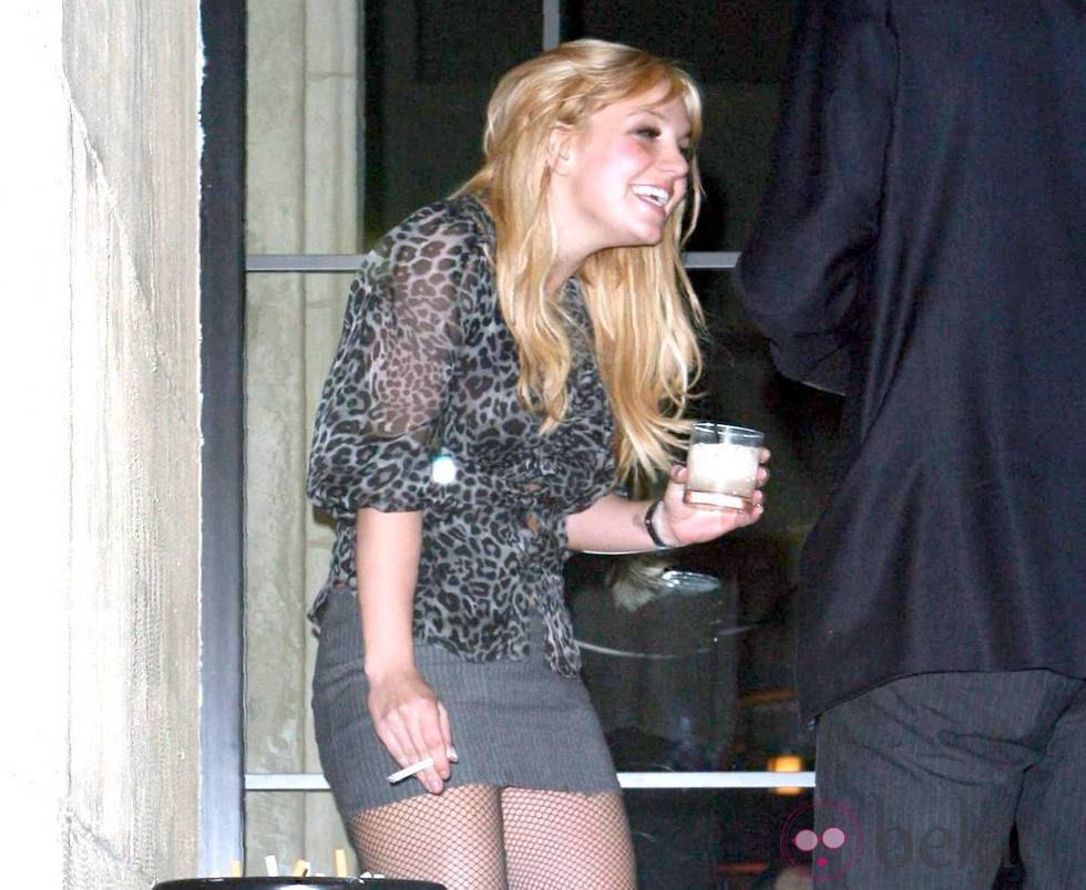 Britney Spears borracha durante una fiesta en Los Ángeles