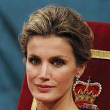 Los pendientes y el maquillaje de la Princesa Letizia en los Premios Príncipe de Asturias 2011