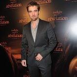 Robert Pattinson presenta 'Amanecer' en París