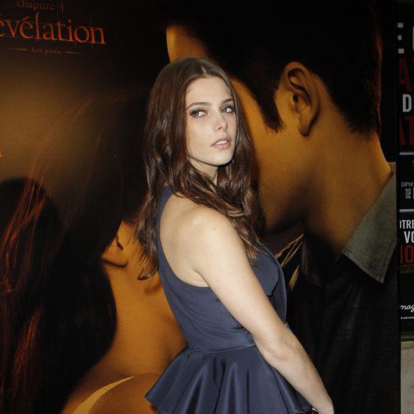 Ashley Greene y Robert Pattinson presentan en París 'Amanecer'