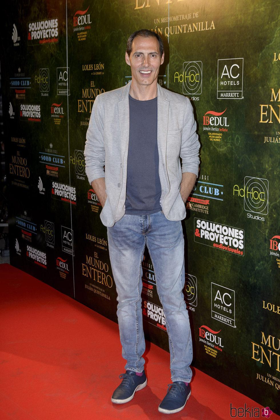 Manuel Bandera en el estreno de 'El mundo entero'