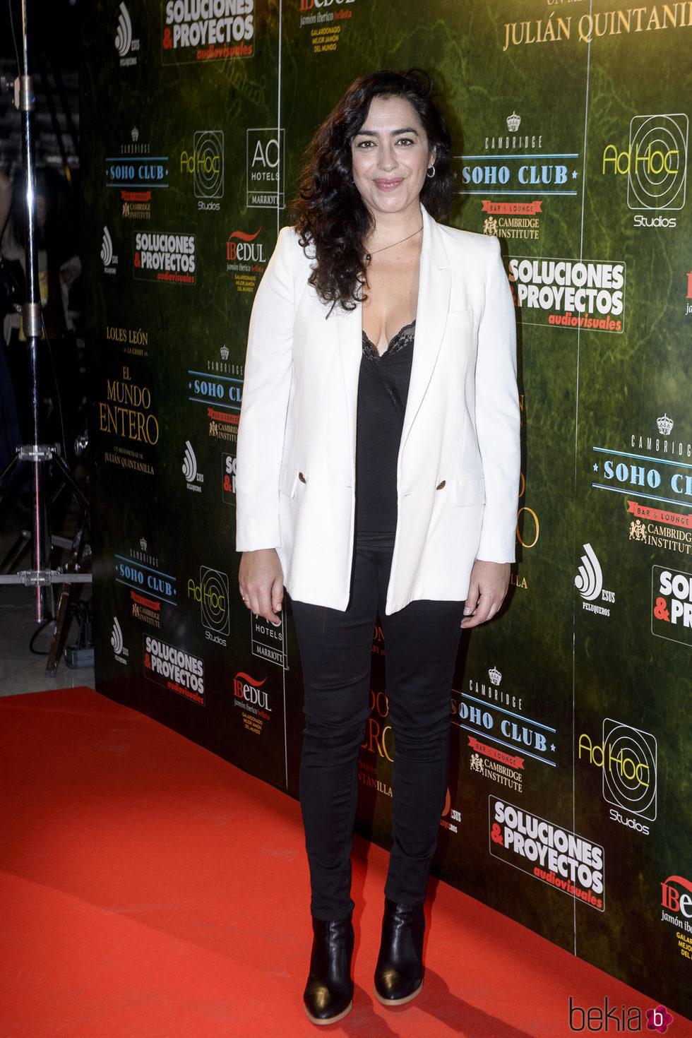 María Isasi en el estreno de 'El mundo entero'