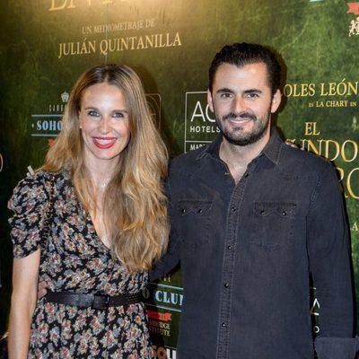 Emiliano Suárez y Carola Baleztena en el estreno de 'El mundo entero'