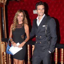 Lara Dibildos y Pablo Marqués en la presentación de la fundación 'Besos en el alma'
