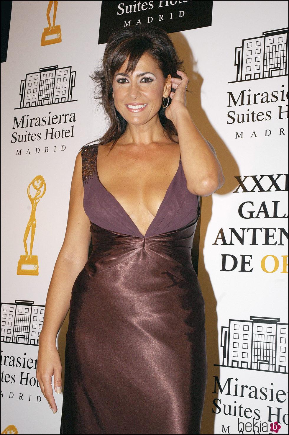 Irma Soriano en la entrega de Antenas de Oro en el año 2006
