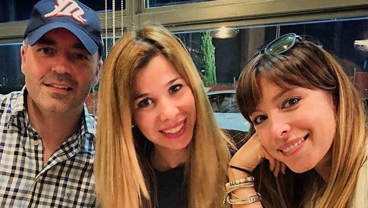 Gisela, Juan Camus y Natalia se reencuentran