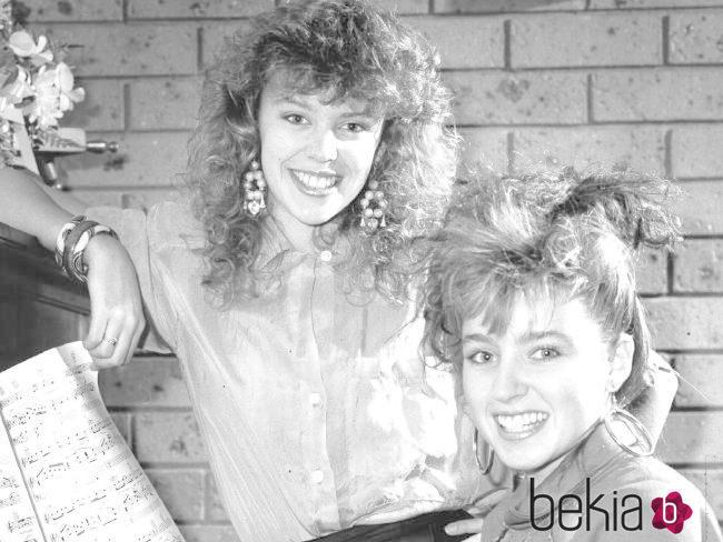 Kylie y Dannii Minogue cuando eran unas adolescentes