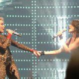 Kylie y Dannii Minogue juntas en el escenario