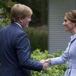 Guillermo Alejandro de Holanda recibe a Kate Middleton en La Haya