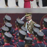 El Rey Felipe pasa revista a las tropas en el Día de la Hispanidad 2016