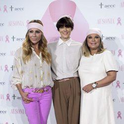 Marta Sánchez, Bimba Bosé y Terelu Campos en la presentación de la campaña contra el cáncer de mama 2016