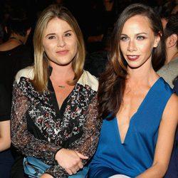 Jenna y Barbara Bush en la New York Fashion Week 2016