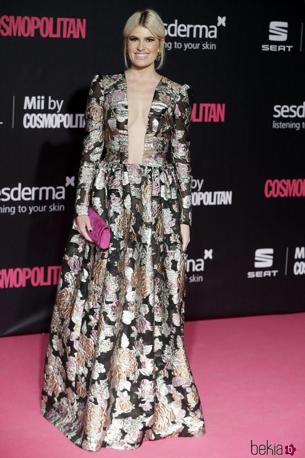 Adriana Abenia en los Premios Cosmopolitan Fun Fearless Female 2016