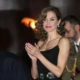 La Reina Letizia aplaudiendo en el XXV Concierto Premios Princesa de Asturias
