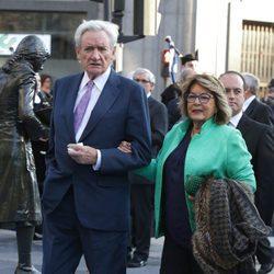 Luis del Olmo y su mujer Mercedes González en los Premios Princesa de Asturias 2016
