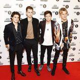 The Vamps en la alfombra roja de los BBC Radio 1's Teen Awards 2016